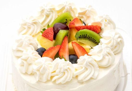 hanacafeヨーグルトクリームのホールケーキ