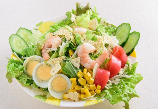 サイノ アジアンキッチンサイノスペシャルサラダ